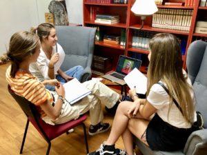 Estudiar online en CIS: programa Distance Learning